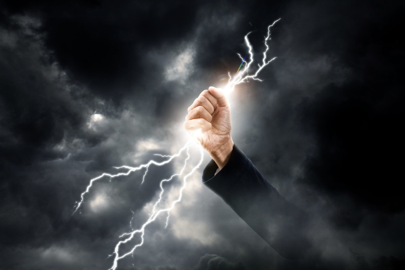 Just in time for Lightning Safety Awareness Week, the Lightning Protection Institute (LPI) separates fallacy from fact to debunk a few common myths about lightning safety and lightning protection. (PRNewsFoto/Lightning Protection Institute, Shutterstock)